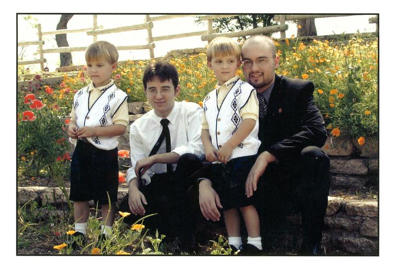 2002-029.jpg