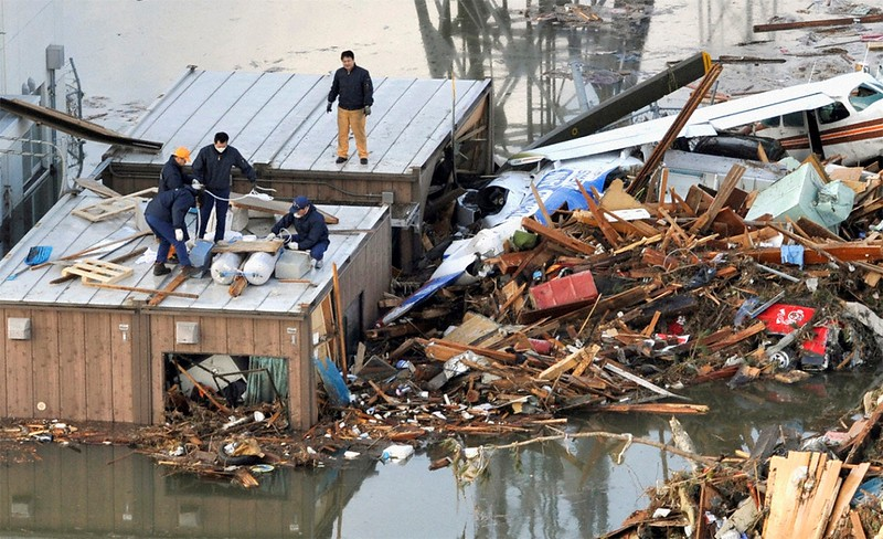 JapanEarthquake2011-315.jpg