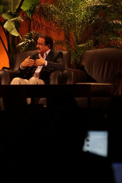 """Bandwidth Economics: The Global Rollout"": Sol Trujillo, past CEO, Telstra"