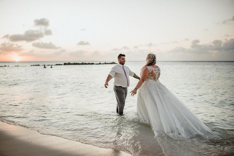 Requiem Images - Aruba Riu Palace Caribbean - Luxury Destination Wedding Photographer - Day after - Megan Aaron -10.jpg