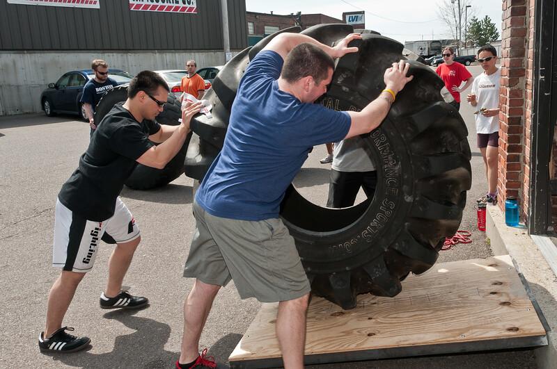Strongman Saturday 4-14-2012_ERF4242.jpg