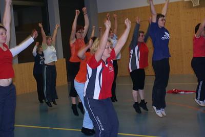 10.12.2007 - Schauturnen Frauen- und Fitnessriege