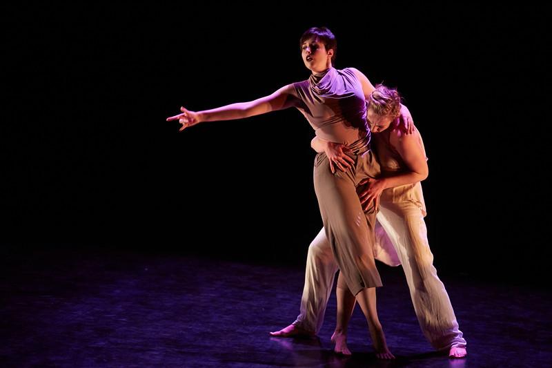 Kizuna Dance Tech Rehearsal231.jpg