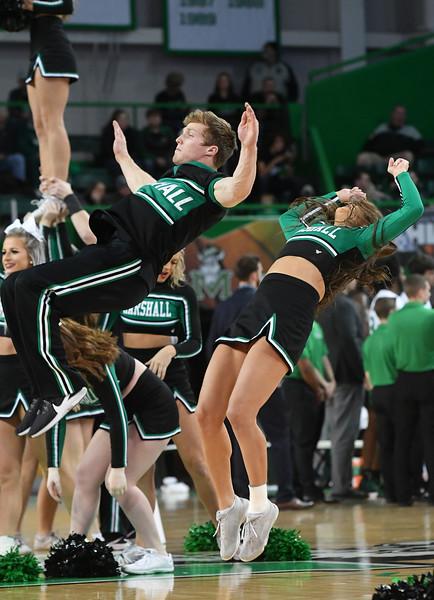 cheerleaders2299.jpg