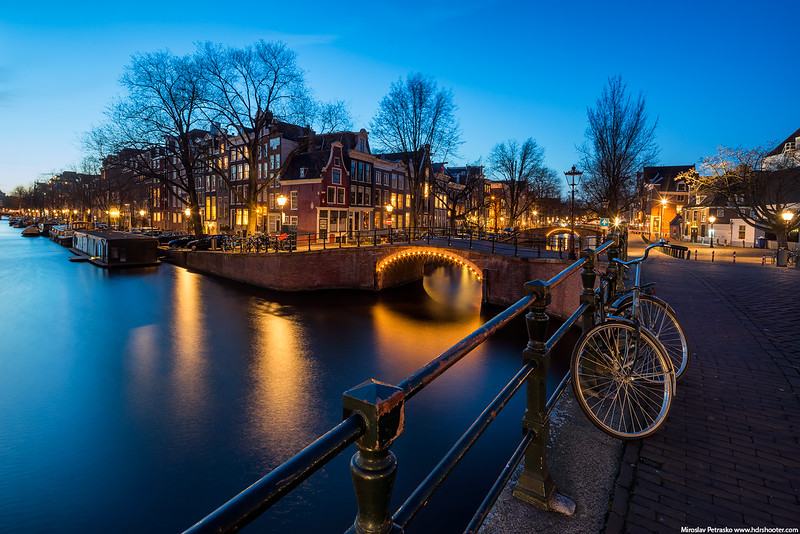 Amsterdam_DSC7256-web.jpg