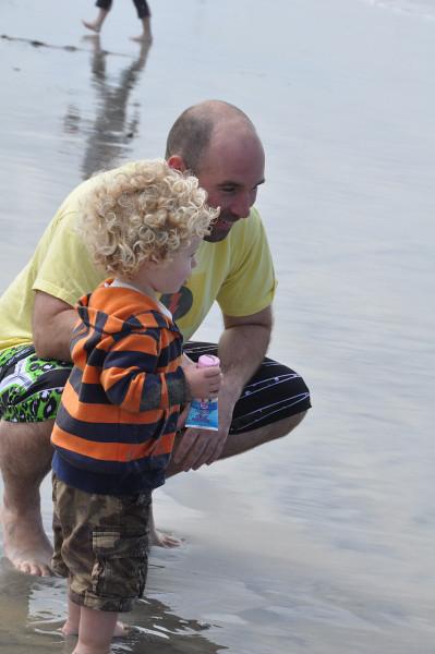 Daddy surf day 3.jpg