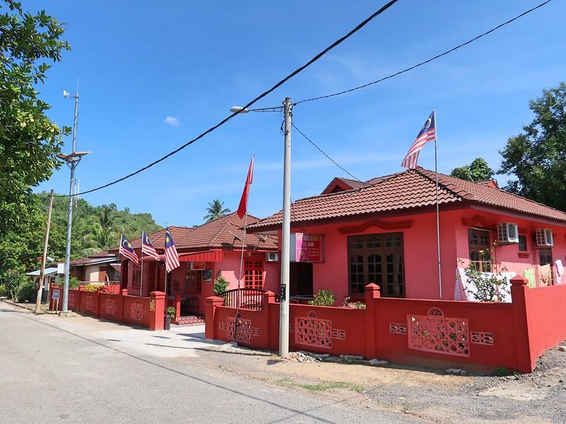 IMG_4870-rose-house-dabong.jpg