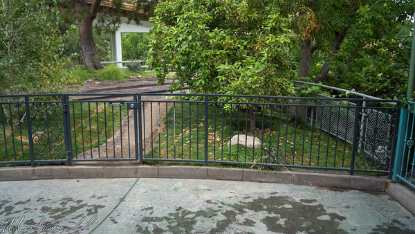 Disneyland Resort, Disneyland, Fantasyland, Tomorrowland, Autopia, Gate, Fence