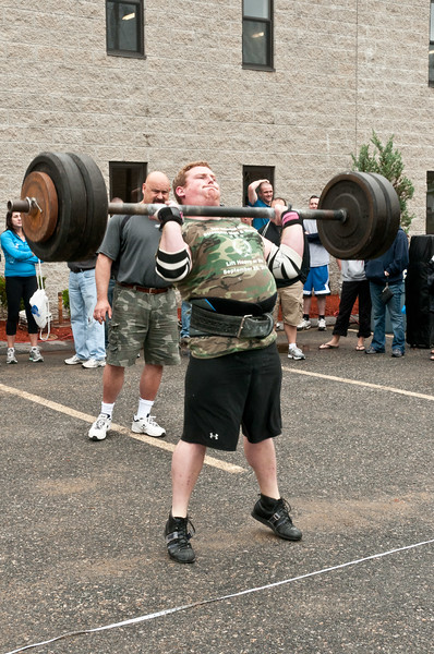 Fitness Revolution Strongman Challenge 2011_ERF3707.jpg