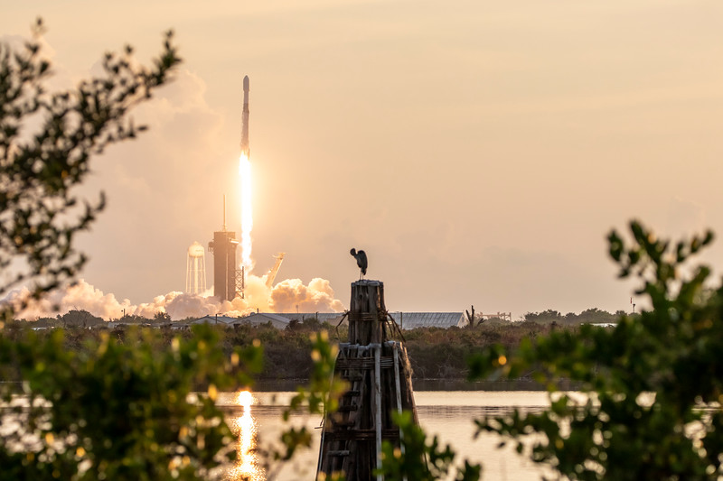 Falcon 9 Flies with 60 Starlink Sats