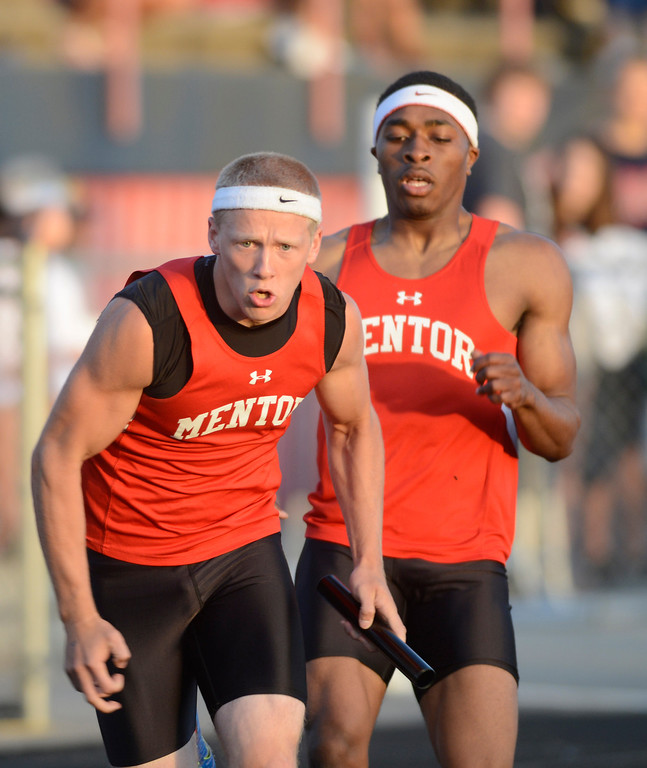 . Maribeth Joeright/MJoeright@News-Herald.com<p> Mentor boys 4X400 meter relay team took third place and qualfied for the state meet during the Division I regional finals.