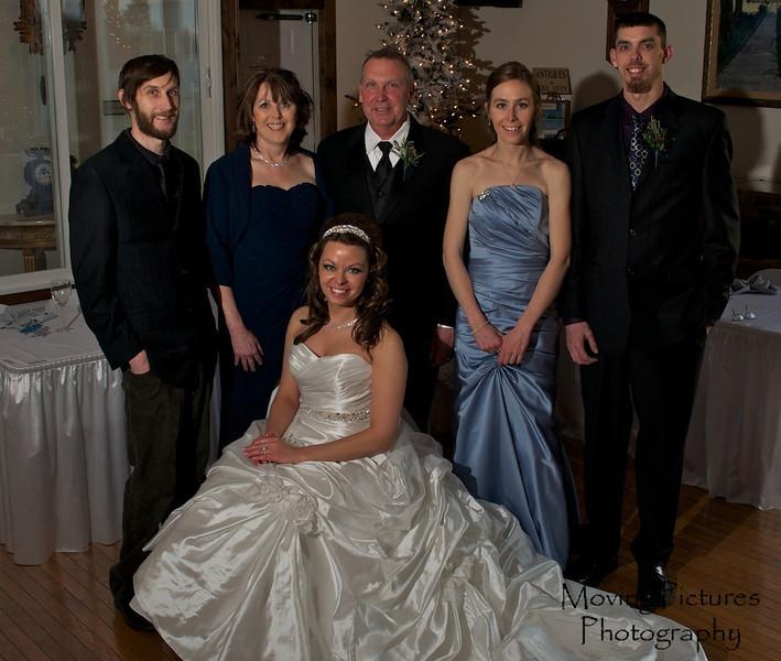 Erin & Evan Wedding - Erin with her family
