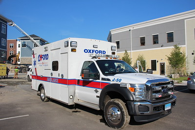 Apparatus Shoot - Oxford Ambulance