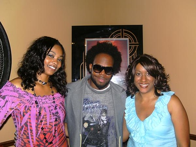 Dwele live at Harlow's- WERE YOU THERE?!