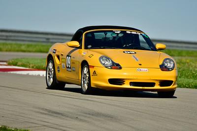 2019 SCCA TNiA June Pitt Race Adv Yellow Porsche
