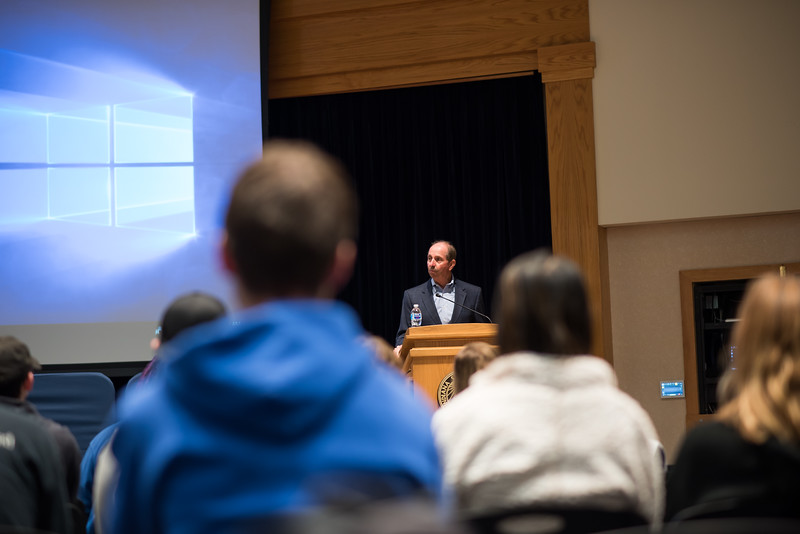 DSC_4670 Dave Brant's lecture October 14, 2019.jpg