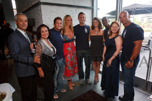 08-28 Celebrity Waiter extras