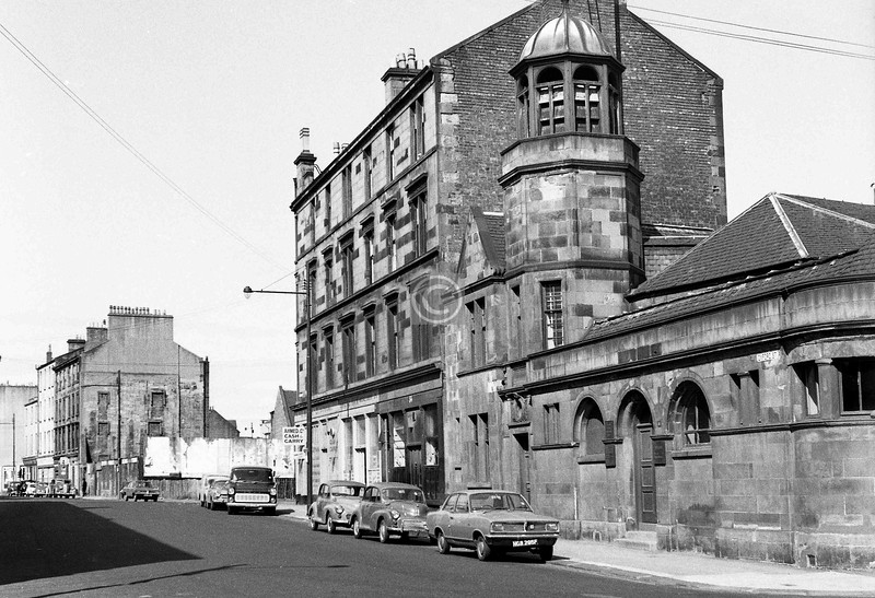 Oxford St, looking west from Buchan St.  
