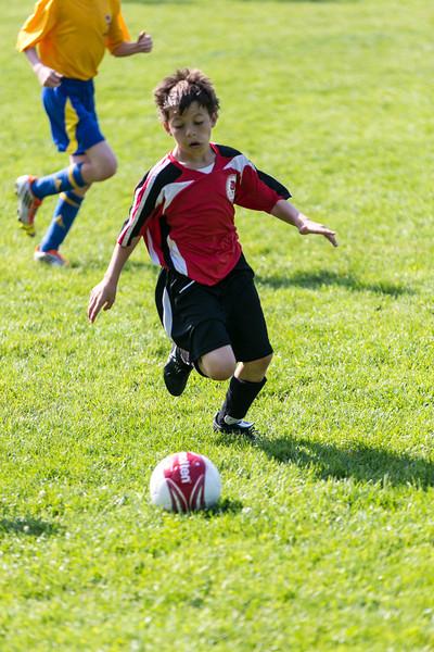 amherst_soccer_club_memorial_day_classic_2012-05-26-01034.jpg