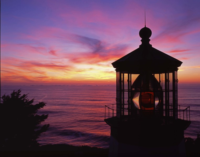 Cape Meares Lthse sunset sf.jpg