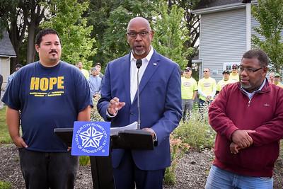 Deputy Mayor Proclaims Tap it Forward Day 9_8_2017