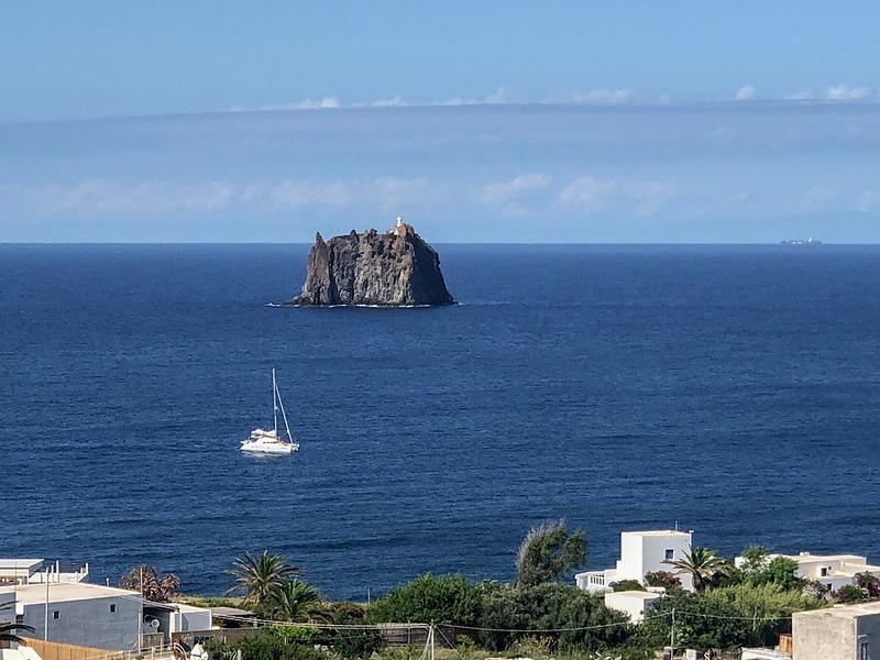Sicily.Stromboli.008.jpg