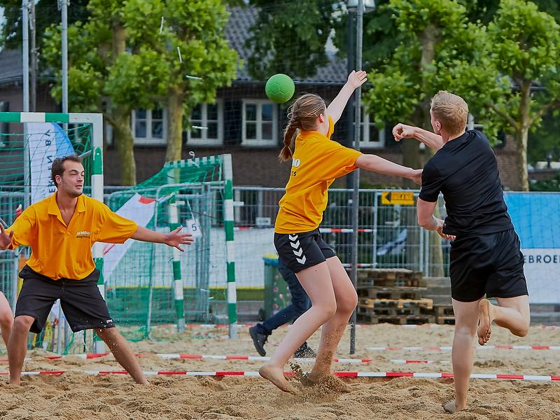 20160610 BHT 2016 Bedrijventeams & Beachvoetbal img 144.jpg
