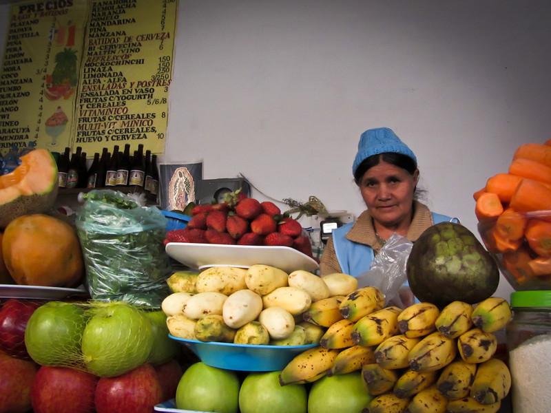 Sucre 201204 Fruit Ladies (1).jpg