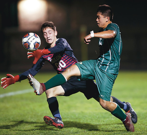 Csiszar leads Medina to win over Solon, first place in GCC