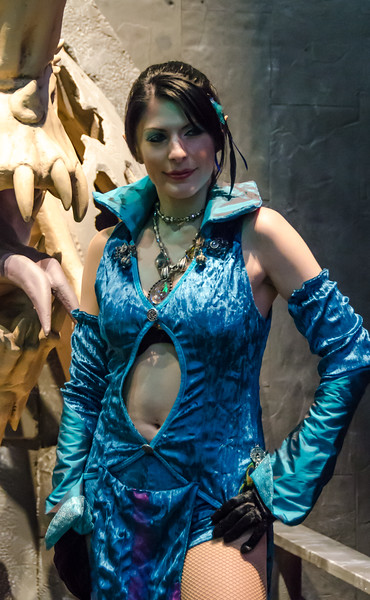Neverwinter girl at E3 2012