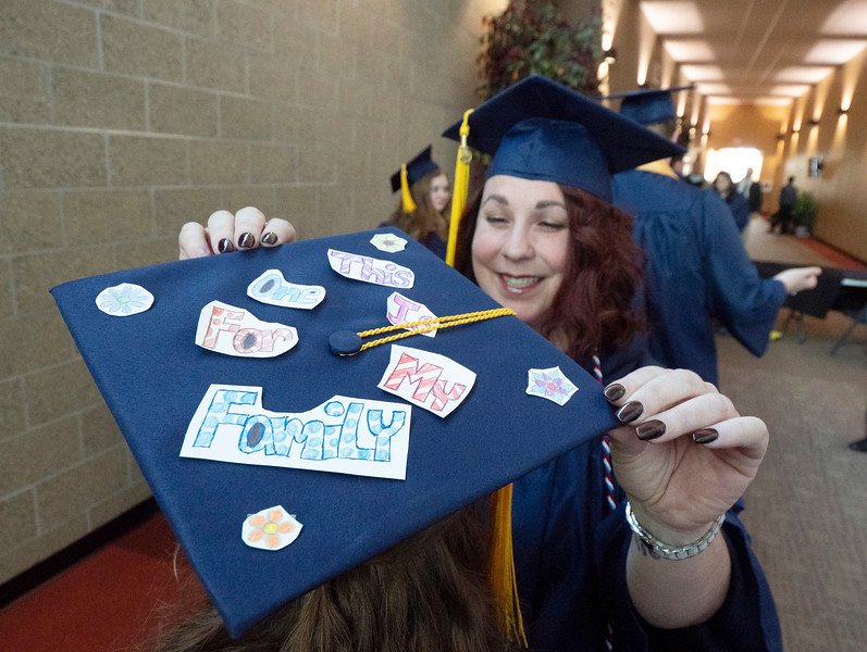 Mid Year Commencement003.JPG