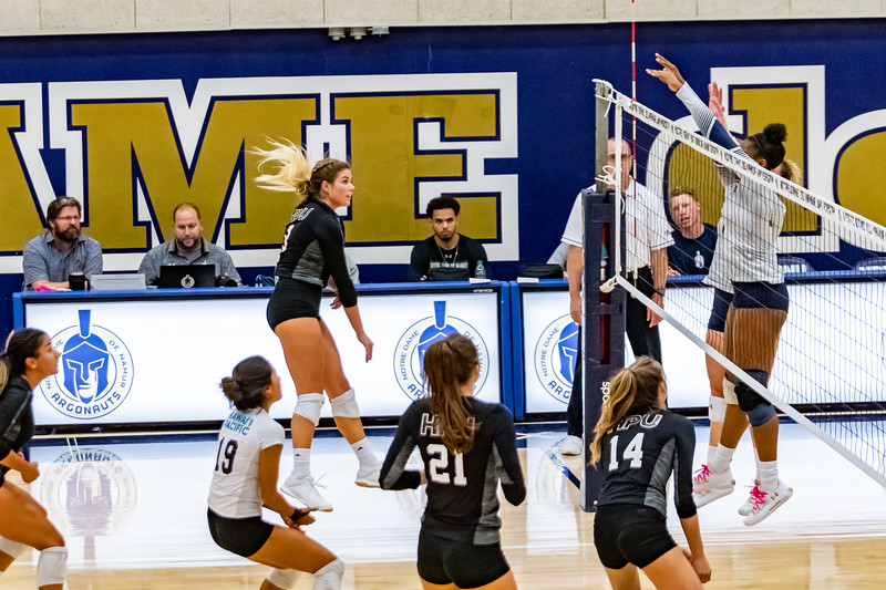 HPU vs NDNU Volleyball-71734.jpg