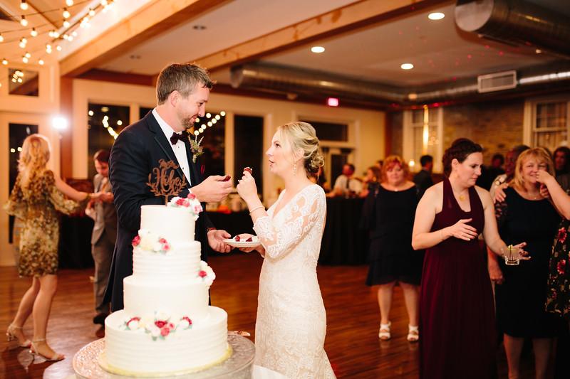 katelyn_and_ethan_peoples_light_wedding_image-717.jpg