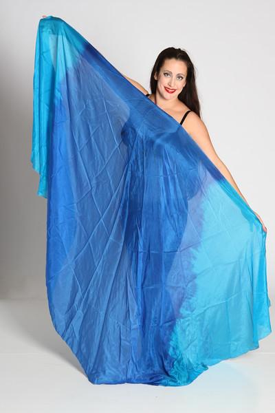 A pair of 1/2 circle veils - 5mm-  $120 - Blue/turq 011