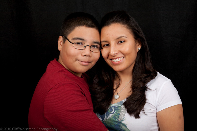 Fuentes Family Portraits-8426.jpg