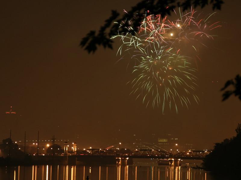 fireworks_05_07042007.jpg