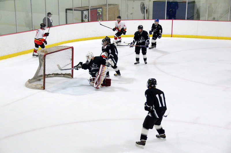 131009 Flames Hockey-046.JPG