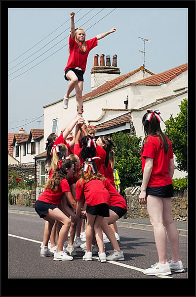 Leaping Cheerleaders (80227255).jpg