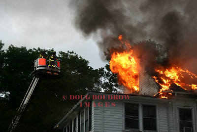 Wakefield, MA - 4th Alarm, 7 Shumway Circle, 8-24-06