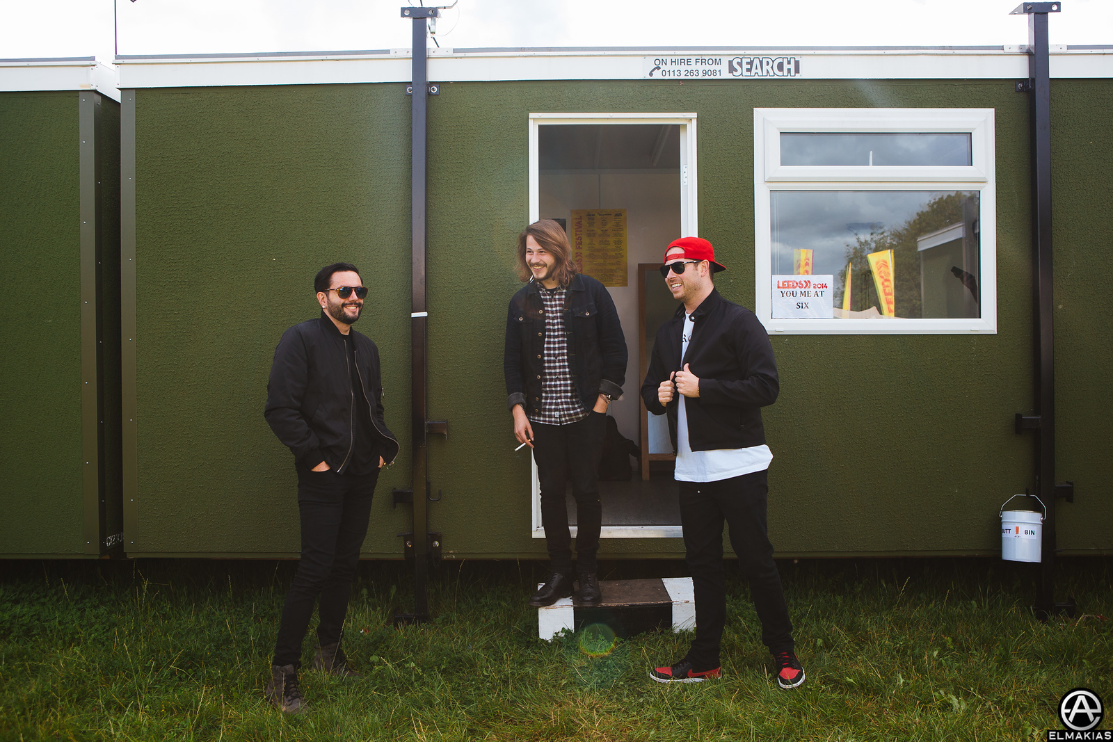 You Me At Six and Kevin Skaff of A Day To Remember hanging out backstage