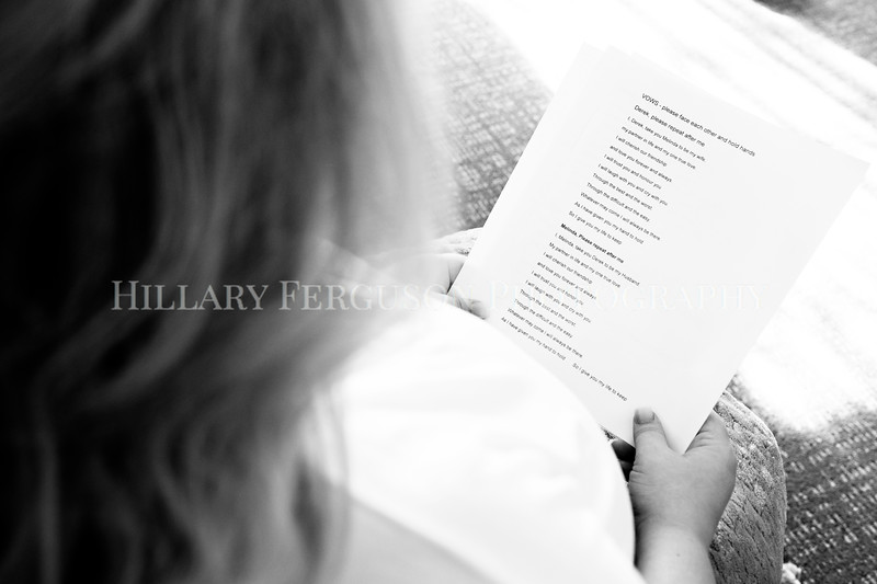 Hillary_Ferguson_Photography_Melinda+Derek_Getting_Ready059.jpg