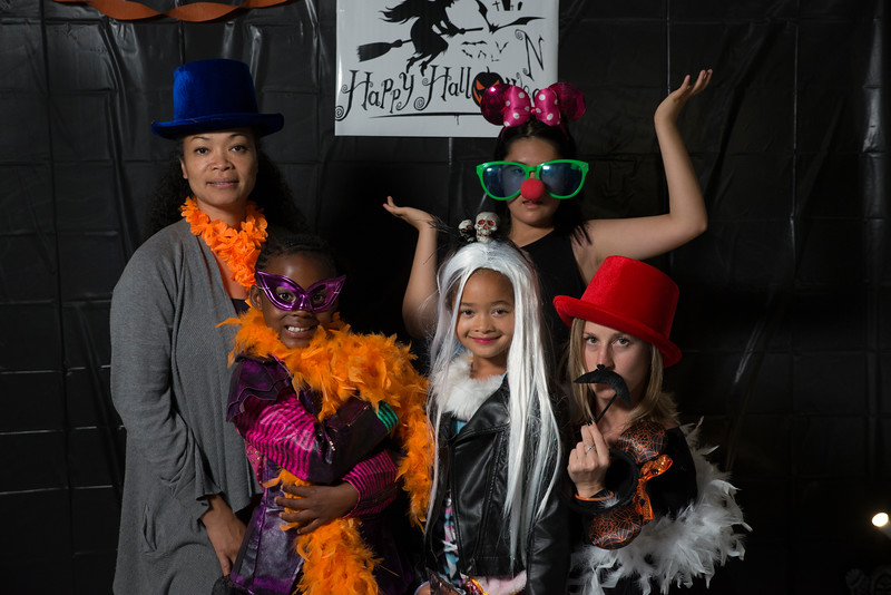 Halloween Dance-69637.jpg