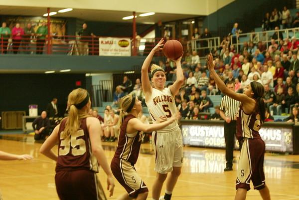Lester Prairie/Holy Trinity girls basketball