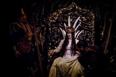 Corona de amor y muerte. Penúltima función.