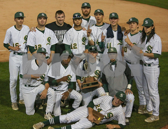 Steinert vs Nottingham 051017 - Awards and Team Photos