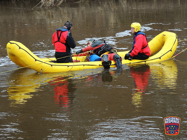 Sheboygan County Dive Team Drill on April 21, 2014