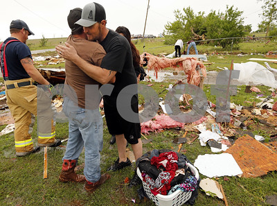 tornadic-storms-cause-damage-and-delays-in-texas-and-oklahoma-on-friday