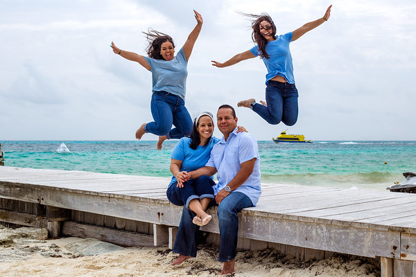 B242842M1_Alice&JerryFamily_Ultimate_66Ph_ND