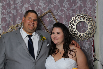 2017-09-09 Laura and Jason's Photo Booth Pics
