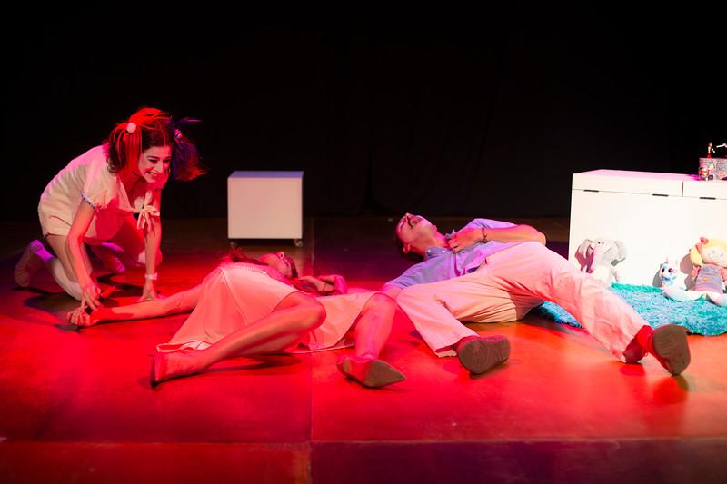 Allan Bravos - essenCIA Teatro - Persona 07-74.jpg